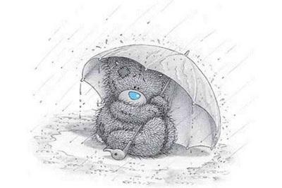 Плюшевый мишка под зонтиком